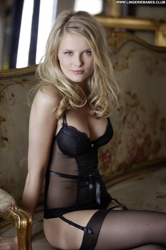 Jeneva Photoshoot Slim Posing Hot Lingerie Doll Blonde Beautiful Sexy