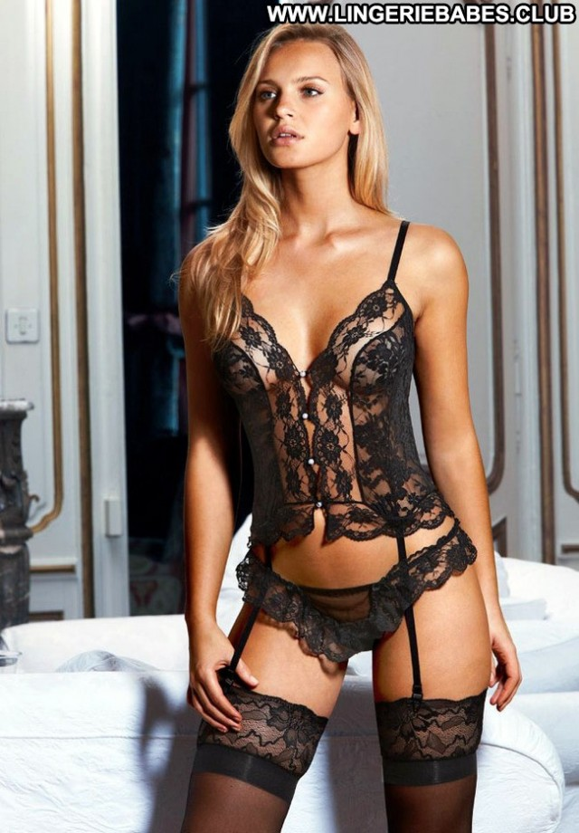 Felicita Photoshoot Glamour Blonde Lingerie Pretty Sensual Bombshell