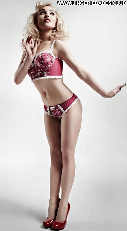 Julio Photoshoot Athletic Lingerie Sexy Beautiful Sensual Teasing