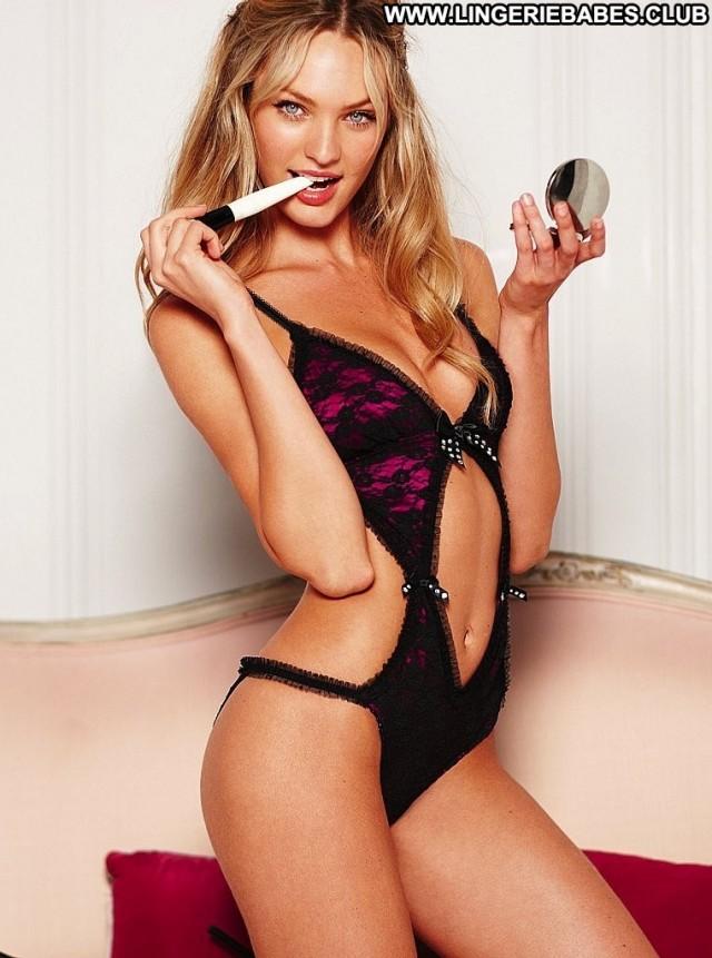 Jillian Photoshoot Blonde Fitness Bombshell Posing Hot Slim Lingerie