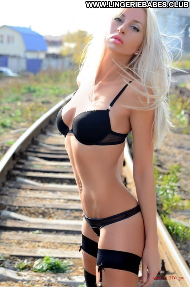 Ladawn Photoshoot Nice Athletic Lingerie Blonde Doll Stunning Healthy
