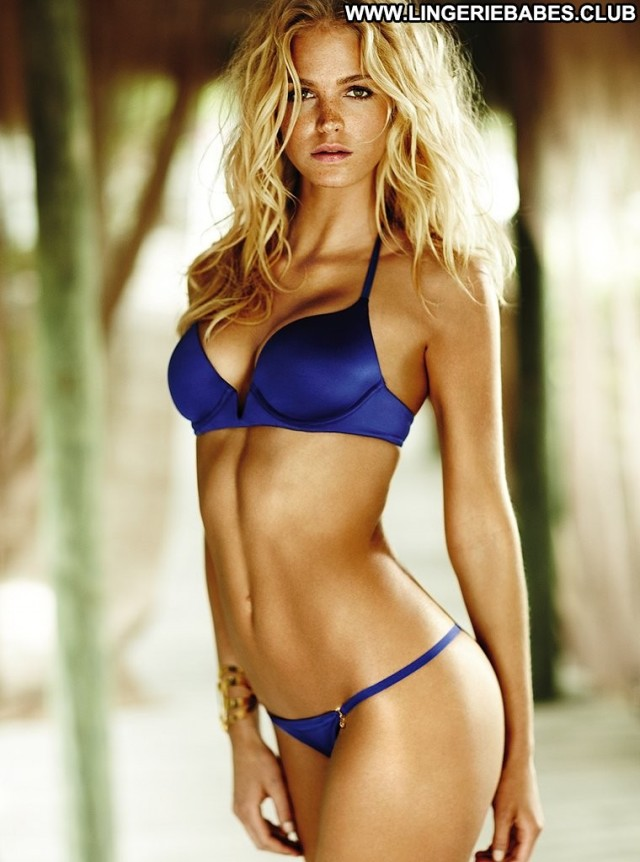 Zada Photoshoot Healthy Glamour Blonde Slim Athletic Lingerie Perfect