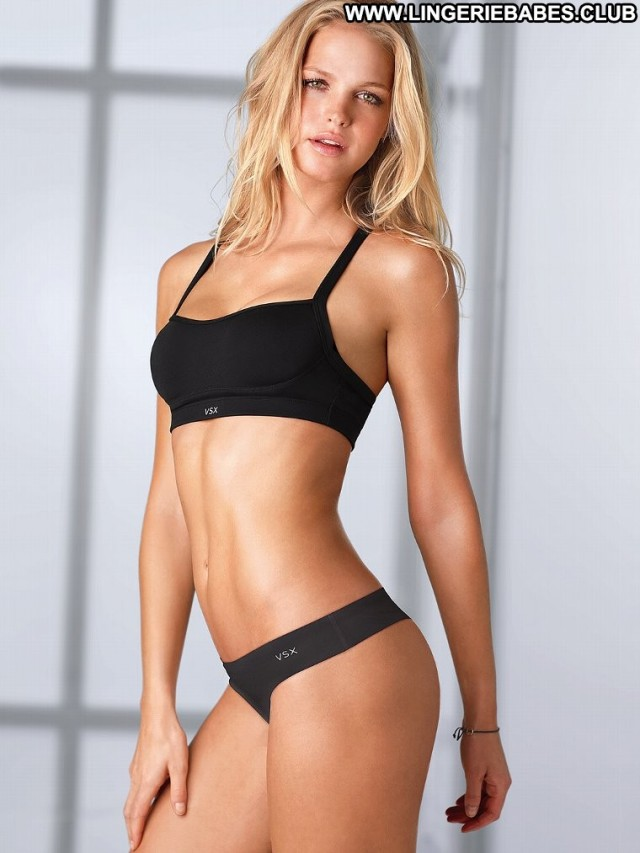 Lynette Photoshoot Healthy Cute Blonde Sensual Chick Lingerie Fitness