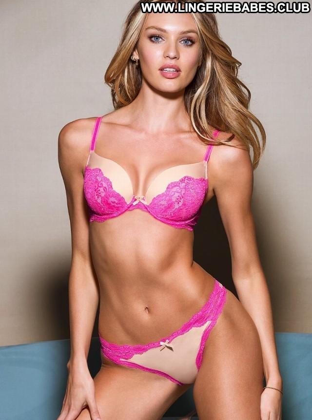 Hollis Photoshoot Slender Nice Lingerie Chick Model Pretty Blonde
