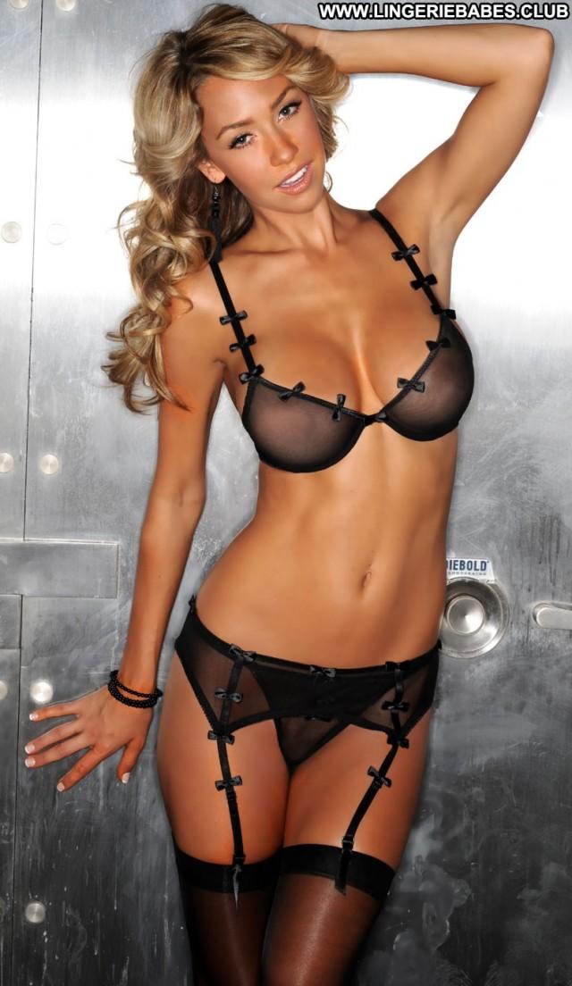 Courtney Photoshoot Posing Hot Beautiful Bombshell Nice Blonde
