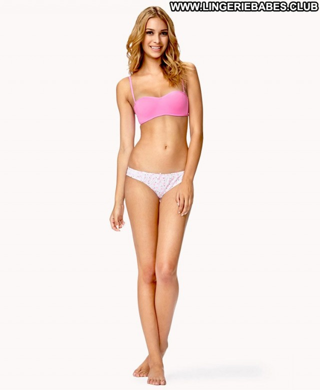 Joella Photoshoot Nice Fitness Blonde Lingerie Model Gorgeous Teasing