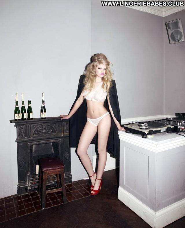 Estefana Photoshoot Fitness Lingerie Gorgeous Teasing Blonde Healthy