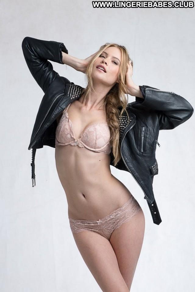 Shavonne Photoshoot Glamour Athletic Blonde Bombshell Lingerie