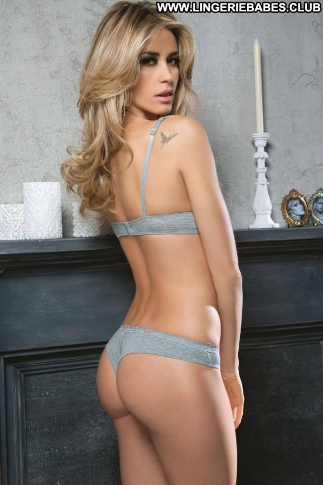 Perla Photoshoot Blonde Glamour Sensual Lingerie Sultry Slender