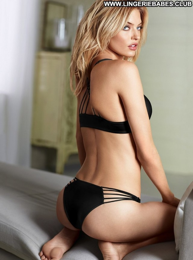 Alexa Photoshoot Glamour Sensual Gorgeous Doll Lingerie Pretty Blonde
