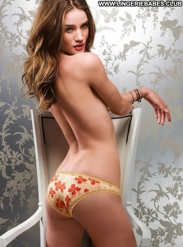 Rebekah Photoshoot Model Sensual Cute Blonde Chick Lingerie Glamour