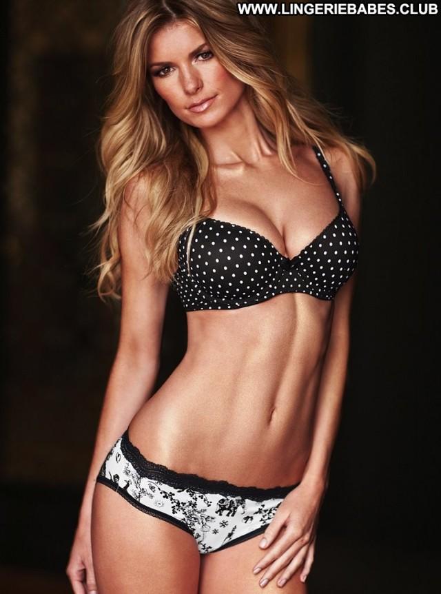 Pok Photoshoot Slim Posing Hot Hot Blonde Lingerie Perfect Stunning