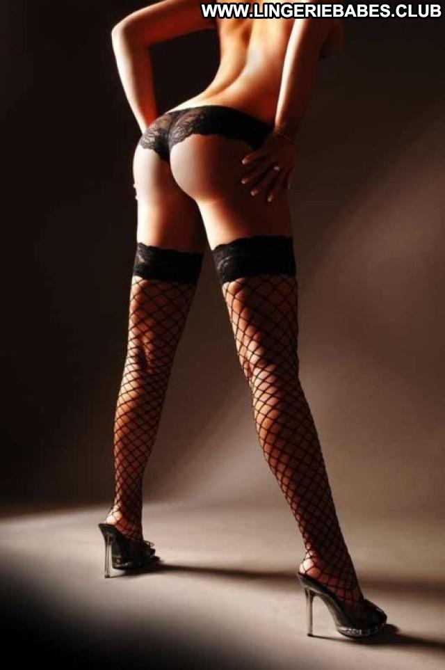 Syreeta Photoshoot Hot Posing Hot Cute Athletic Glamour Lingerie